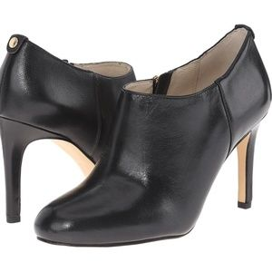Michael Kors Sammy Ankle Black Leather Boot 9M